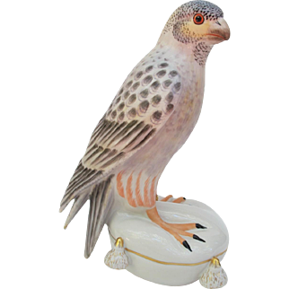 Vintage Mottahedeh Italy Peregrine Falcon Figurine