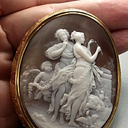 Amazing Cameo Scene of the Goddesses Venus and Diana