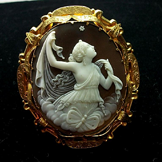 Amazing Museum Quality Victorian Cameo Brooch of Psyche The Goddess of the Soul