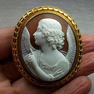Wonderful Museum Quality Victorian Cameo Brooch of the Annunciation Angel