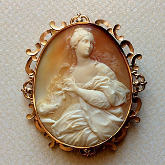 The Rarest Cameo - Museum Quality Brooch of Cleopatra Dissolving the Pearl