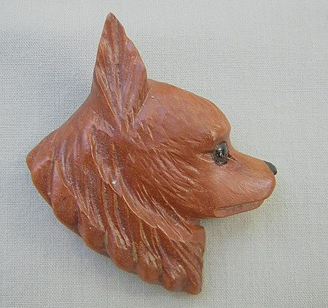 Vintage Pomeranian Dog Wood Pin/Brooch