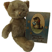 Knickerbocker Kitty Kuddles W/Book by Beatrix Potter