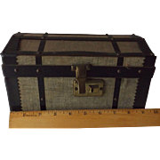 Trunk With Tray For a Small Doll