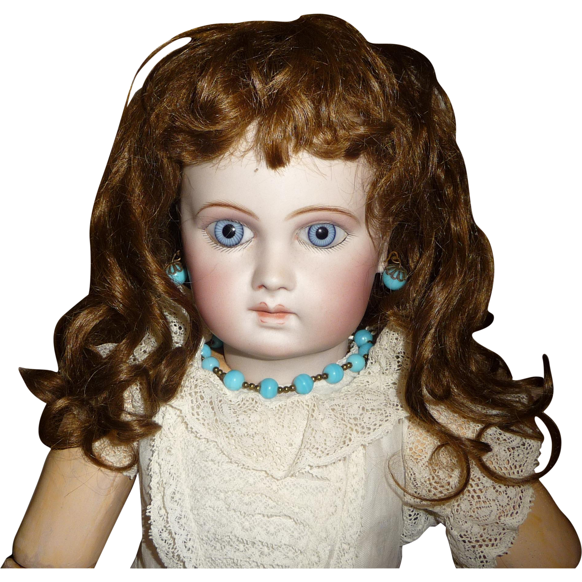 Wigs And Antique Doll 31