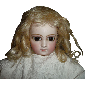 HTF small antique mohair doll wig in beautiful pale blond with bangs
