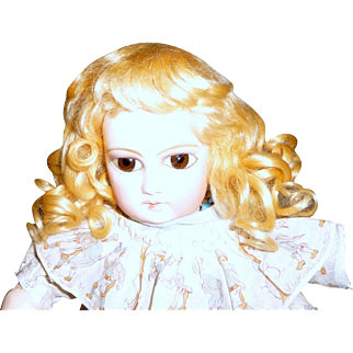 Gorgeous sunny blond antique mohair doll wig in excellent condition