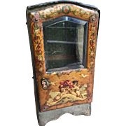 Antique sedan chair with sweet litho angels