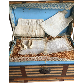 Little French doll trunk with extras