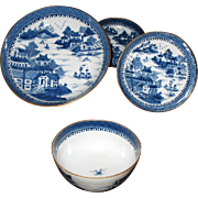 Chinese export porcelain blue&white 4 items circa 1800