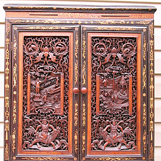 Chinese cabinet superbly carved Hongmu & Cypress (Baimu, Bomu) mid 19th century