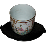 Chinese porcelain cup wooden saucer Chieng Lung (1736-1795) period