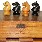 "French chess set carved and turned boxwood and rosewood ""Regence"" pattern Chess Set"