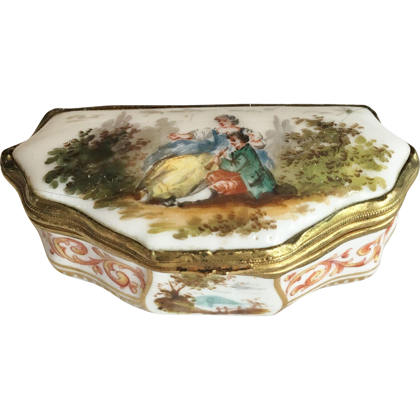 Meissen Miniature Porcelain Pill BOx
