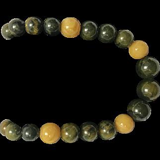 Bakelite Style Beaded Necklace