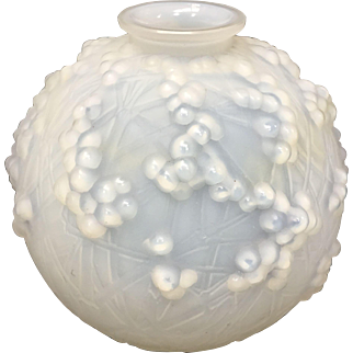 1920's Druides Blowout Glass vase signed by R. Lalique