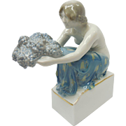 Signed Selb-Bavaria German Rosenthal Grape Carrier Porcelain Figurine by Rudolf Marcuse K477