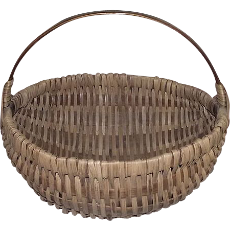 "Original Artisan Signed ""Wm. Leinbach"" Round White Oak Splint Basket with Solid Oak  Carry Handle !"