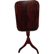 Mahogany Veneered Country Hepplewhite Tilt Top Candlestand  !!!   Ca. 1820 to 1840.