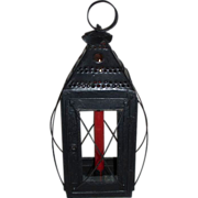 "Awesome ""New England Type"" Large Hand Candle Lantern; with 4-Sided Wire Guard and 4-Sided Glass ! Ca. 1825"