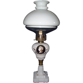 Sandwich Glass Oil Lamp with Portrait and an illuminator Shade System !!!  Circa 1870 to 1880's.