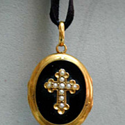 Exquisite Victorian 18K Onyx Gold Mourning Hair Locket - Cross & Seed Pearls