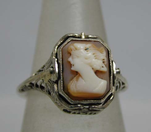 Art Deco 14K White Gold Cameo Filigree Swivel Ring
