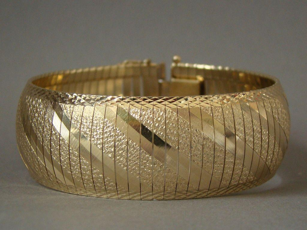 "Estate 14K Gold 7/8"" Wide Bracelet"