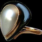 Vintage Designer 14KT Gold Mabe Pearl Onyx Ring Signed Maz