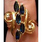 Stunning Vintage Sapphire 14 K Ring