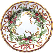 Christmas Plate in Tiffany Holiday (White Background, Japan) by Tiffany