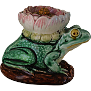 C1880 Figural Majolica Frog With Water Lily Flower Lid Inkwell
