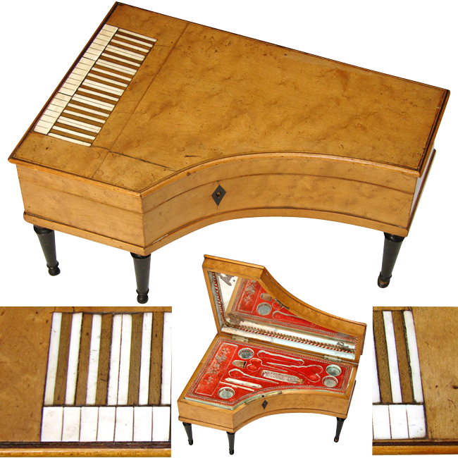 Item ID: 110piano2 In Shop Backroom