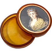 Superb Antique French Portrait Miniature, A Beauty, On Snuff Box, c.1770s