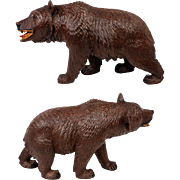 """Fine Antique Black Forest Carved Bear, 7.5"""" Long, Painted Mouth, Glass Eyes."""