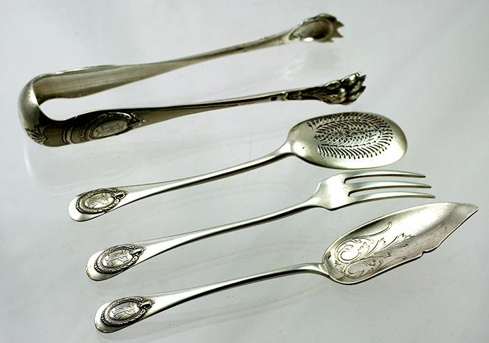 Antique 4 Piece French Sterling Silver Hors d'oeuvres Service Set - Silversmith: LAVALLEE, Charles-Alexandre, 2, rue du March-Sainte-Catherine, PARIS
