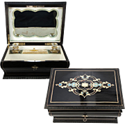 Antique French Jewelry Box, Casket, c.1830s Louis-Philippe, 2 Baccarat Perfume Scent Flasks