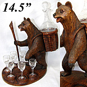 Large Vintage Black Forest Bear is a Liqueur Tantalus, Stand: Decanter & 6 Cordials