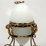 """Antique French Palais Royal White Opaline """"Egg"""" Casket, Palais Royal"""