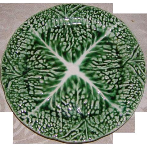 "1800s Antique 'Verte' Majolica 8"" Plate, Leafy Green #2"