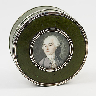 Antique 1700s French Portrait Miniature Snuff or Patch Box, Vernis Martin, Sterling Rim