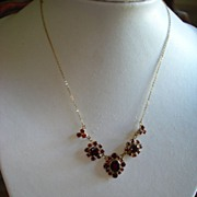 Vintage 9kt Yellow Gold Bohemian Rhodolite Garnet necklace