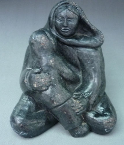 Genuine Wolf Inuit Stone Carving Of A Woman