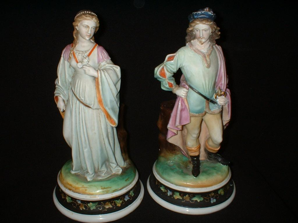 German Shakespearean Porcelain Couple Romeo and Juliette c19th