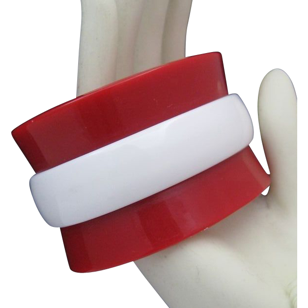 Extra Wide Mid-Century Celluloid Red and White Bracelet