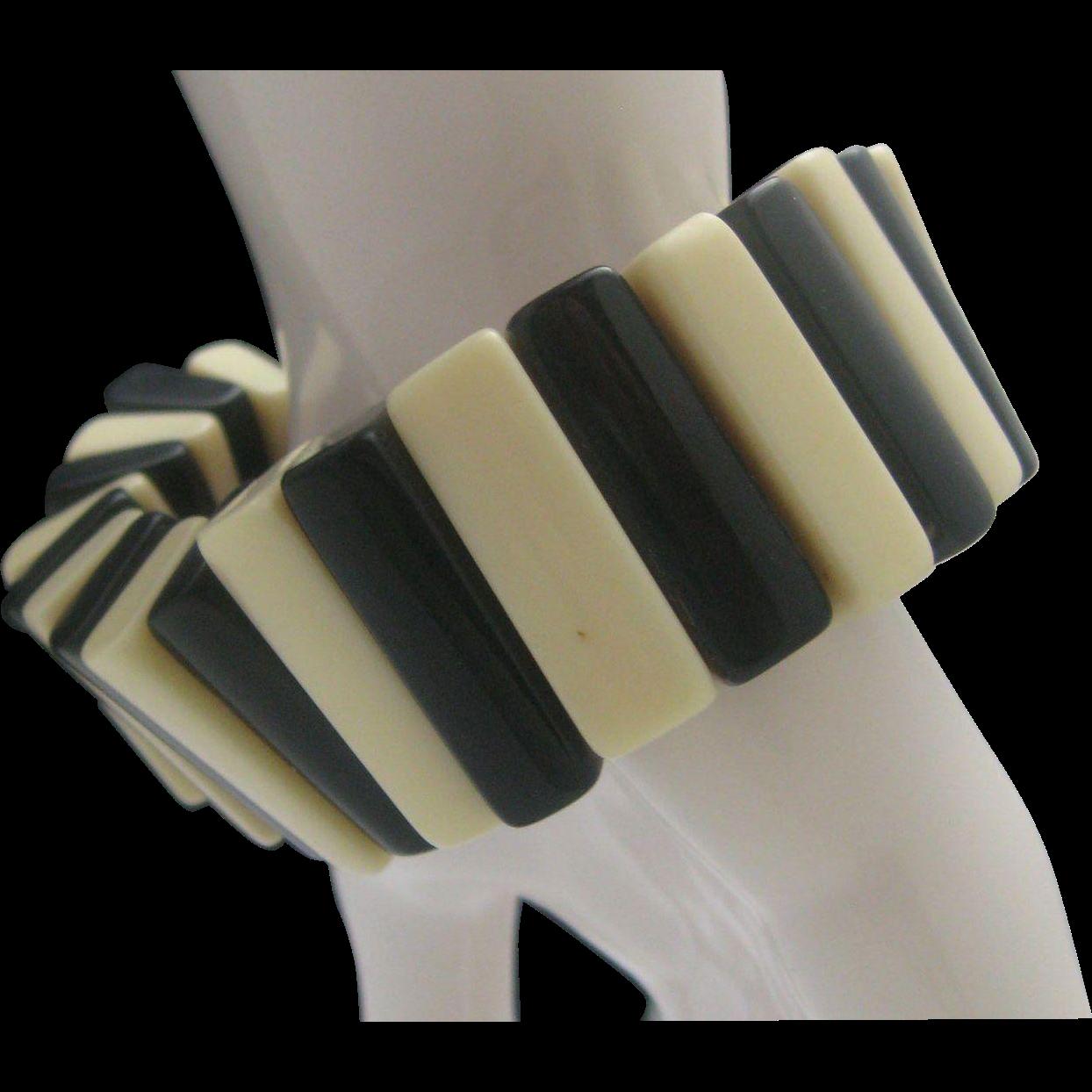 c1940 Black and White Domino Style Bracelet