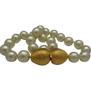Huge Simulated Pearl Necklace Golden Catch C1970