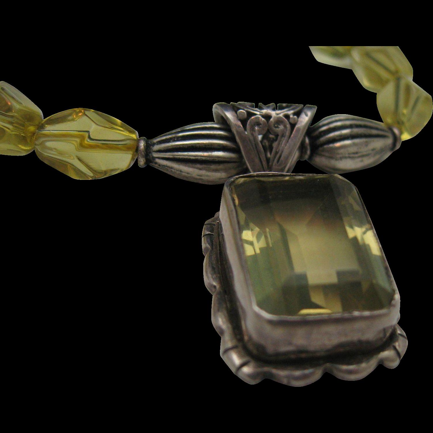 Gorgeous Citron Crystal Pendant Necklace