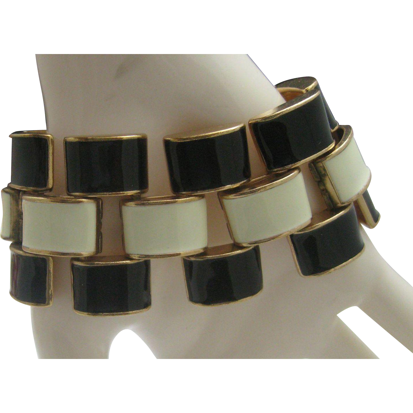 Enameled Tire Tread Bracelet c1970 8 inches