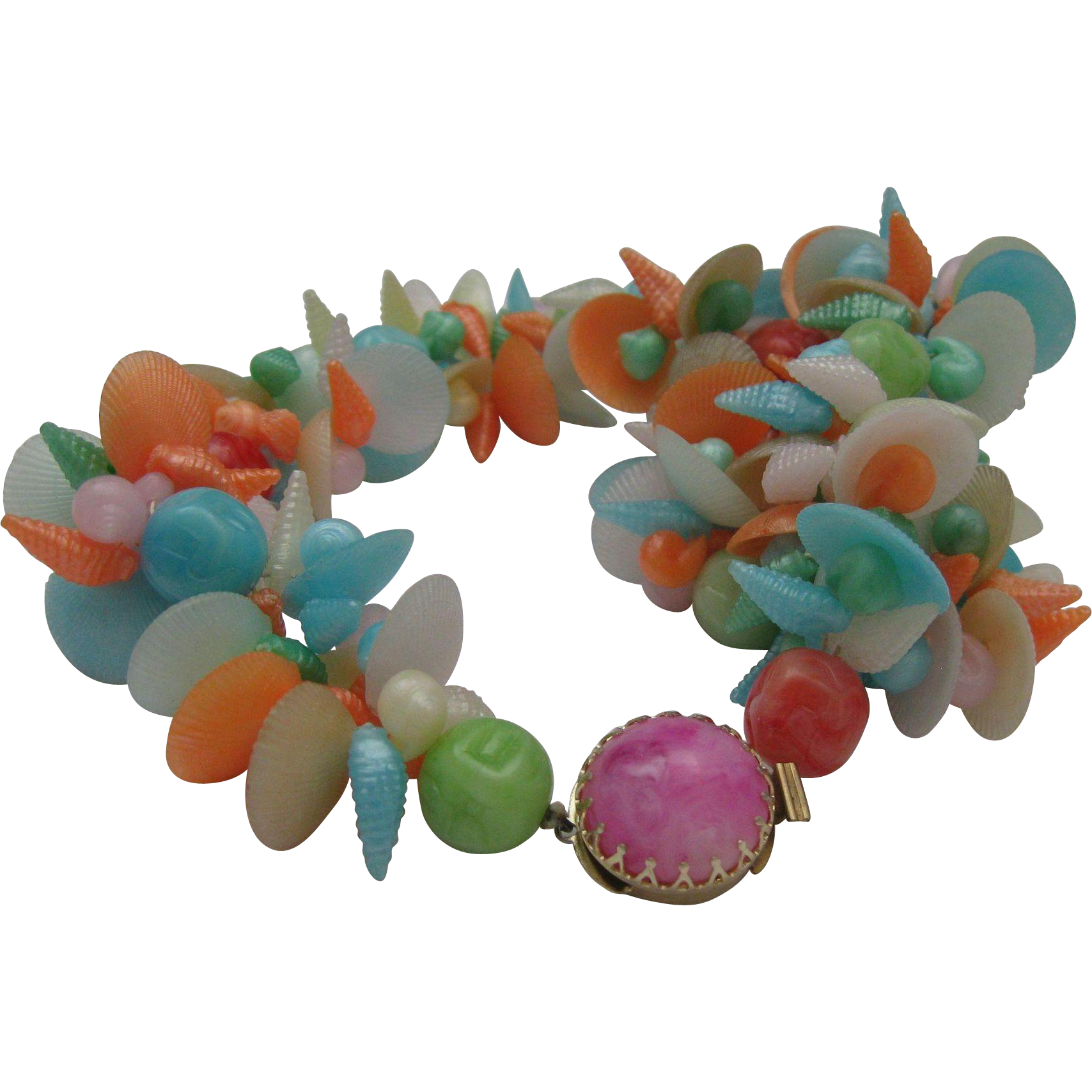Beach Beauty Plastic Necklace Shells 1960